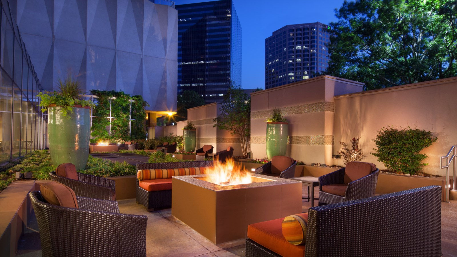 Downtown Dallas Venues - Firepits